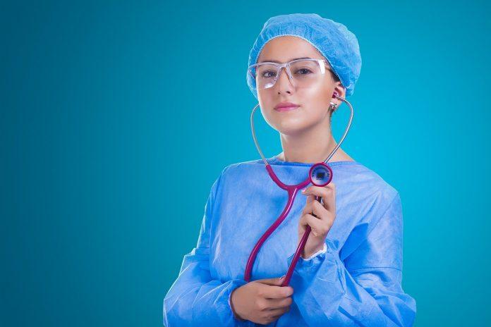 בחירת מנתח לטיפולי פלסטיקה