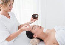 טיפולי פנים – לא רק סבונים ופילינג