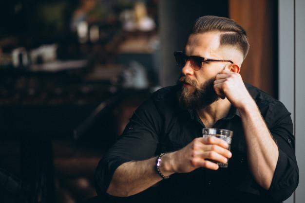 השתלות שיער ומה שביניהן